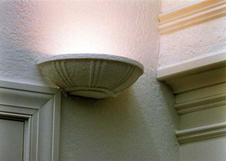 DETAIL LIGHT FIXTURE