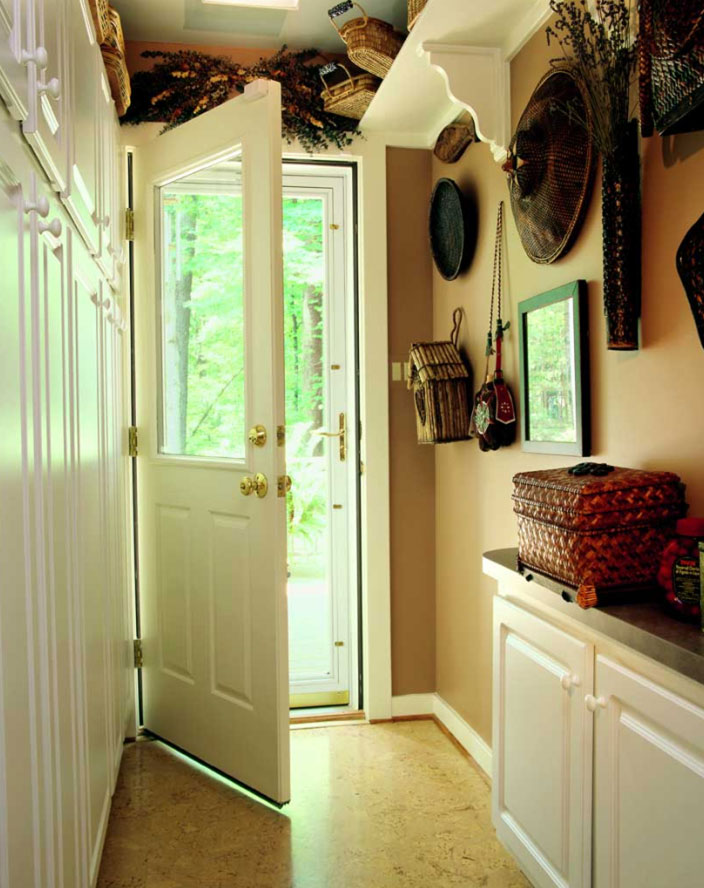 mud room decorative simple